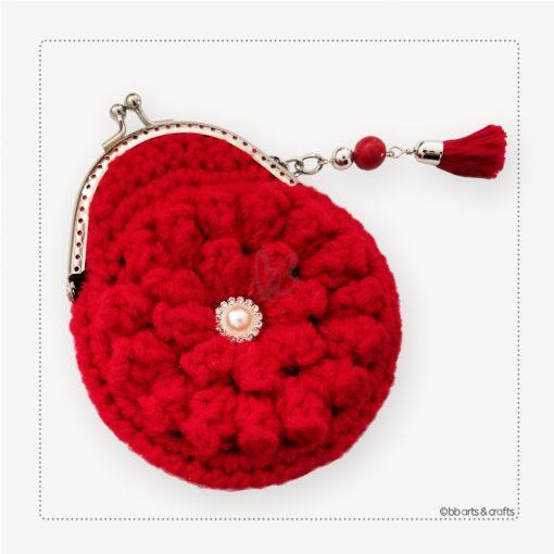 Crochet red pop-corn coin purse