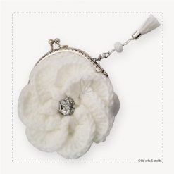 Crochet white flower coin purse