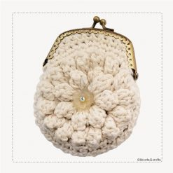 Crochet natural pop-corn coin purse