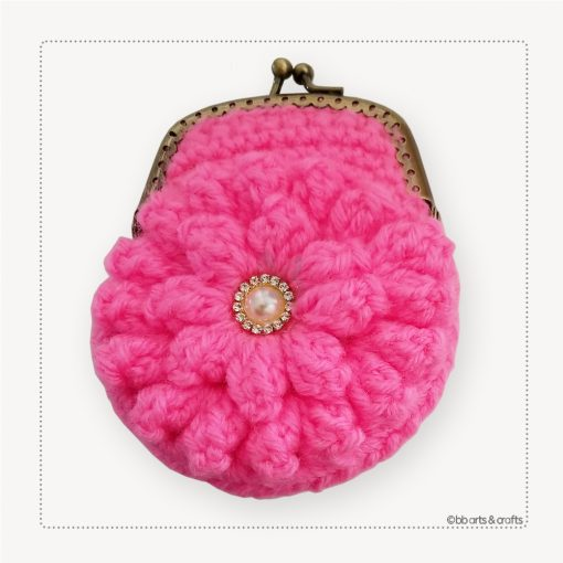 Crochet pink pop-corn coin purse